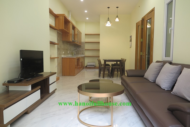 Bright house in Quang An ward, Tay Ho dist with 03 bedrooms, good furniture.