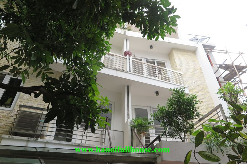 5-bedroom house for rent near West Lake, fully furnished, spacious and airy