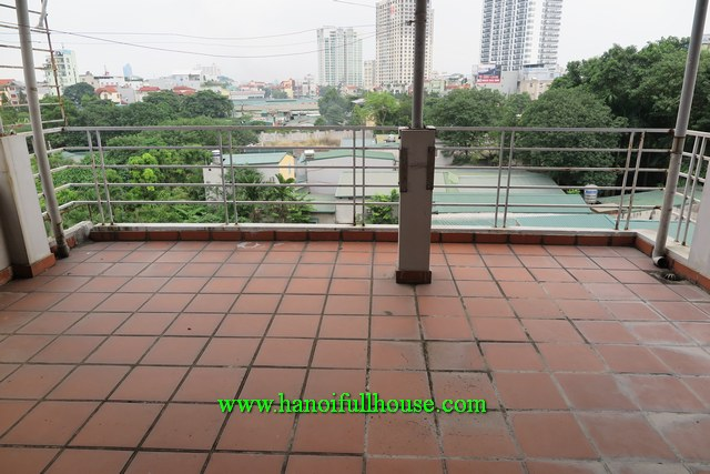 A 4-bedroom house in Au Co str, Tay Ho dist for rent