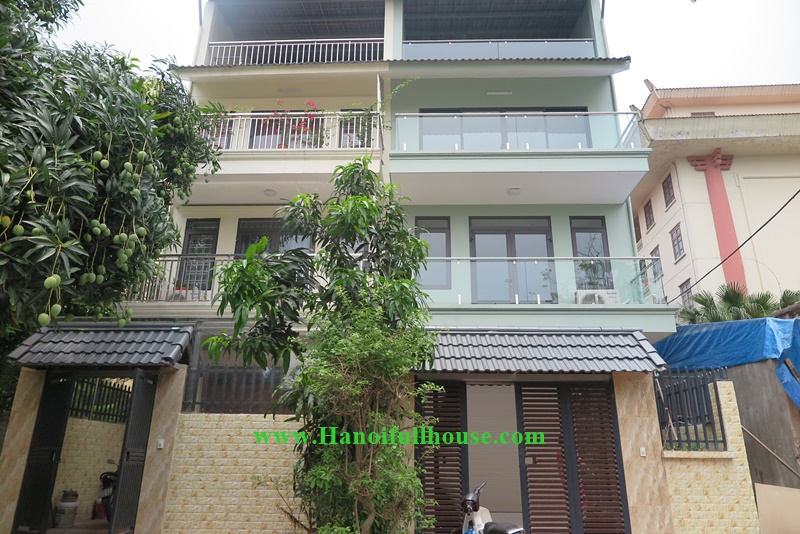 4 bedrooms house, big balcony, garage in Au Co, Tay Ho for rent