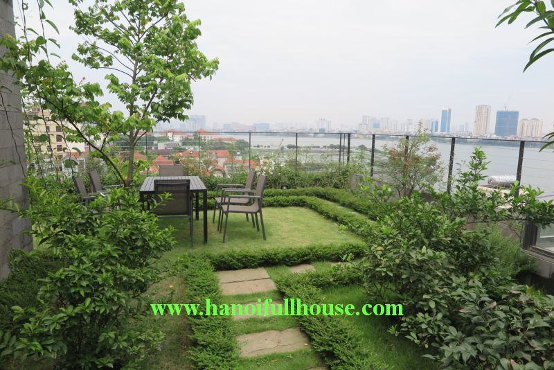 02 bedrooms apartment in To Ngoc Van - wonderful terrace with garden and lake view