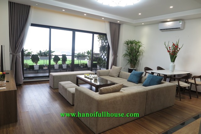Amazing 4 bedroom apartment on Xuan Dieu street, facing West Lake, super large balcony for rent.