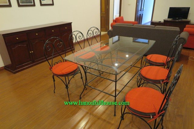 Two bedroom fully furnished apartment in Ha Noi center for foreigner to let