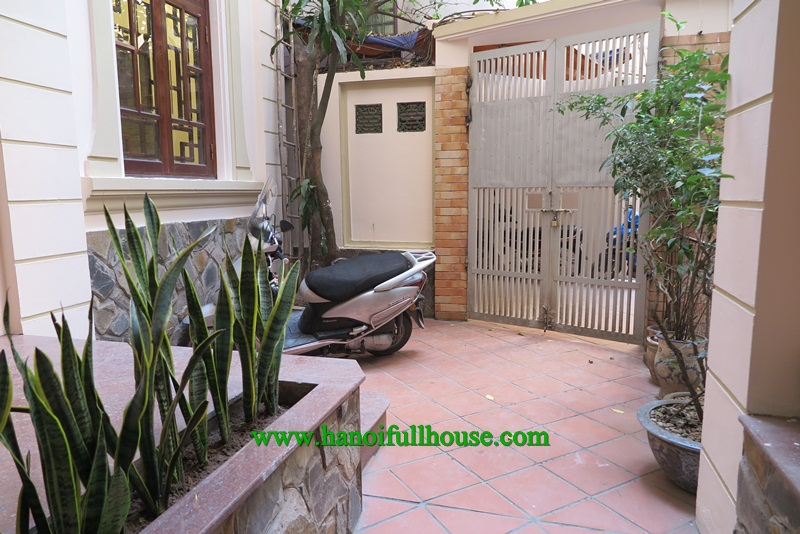 6 bedrooms with private bathroom house for rent in To Ngoc Van street.