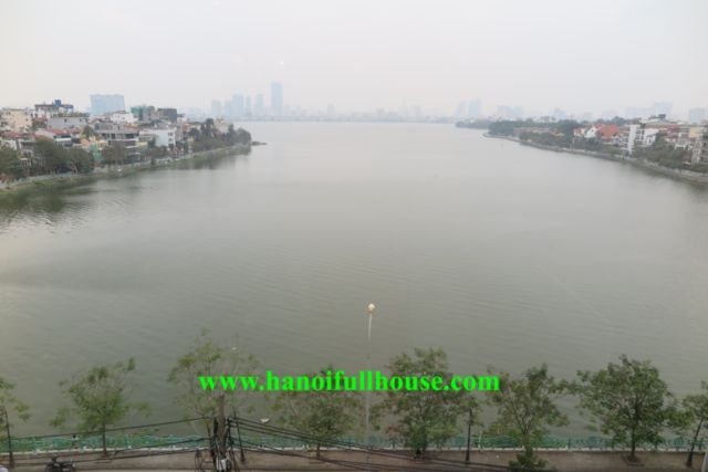 3 bedrooms apartment with lake view on Xuan Dieu street, high floor, luxury furniture