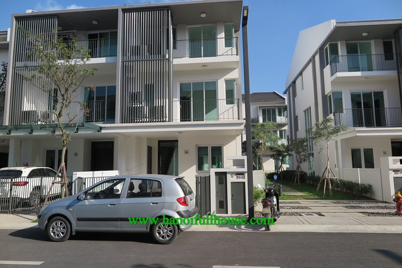 Beautiful house for rent in Park city Ha Dong
