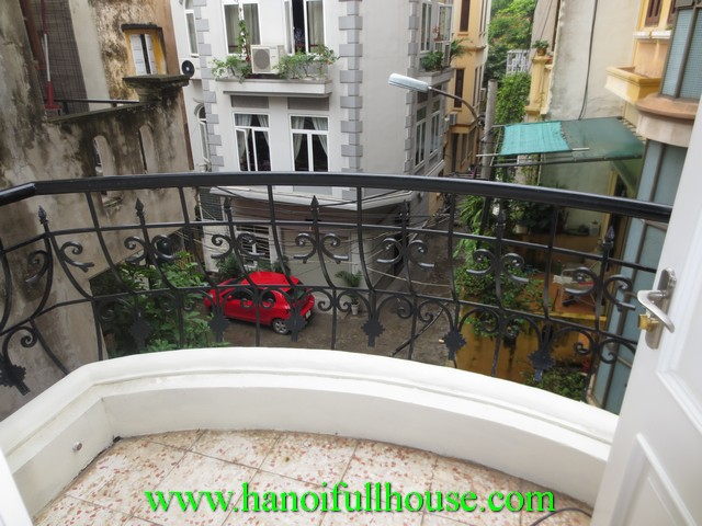 One bedroom fully furnished apartment for rent in Quan Thanh street, Ba Dinh dist, Hanoi