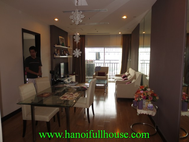 2 bedroom beautiful apartment for rent in Hoa Binh green building, Buoi street, Ba Dinh dist, Hanoi, Vietnam