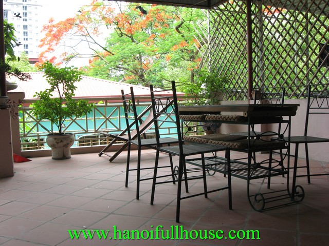 Hai Ba Trung dist house with 3 bedrooms for rent.
