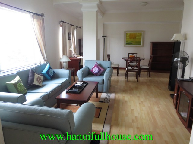 Beautiful serviced apartment with 2 bedrooms for rent in center, Hai Ba Trung dist, Hanoi, Vietnam