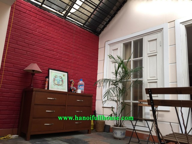 2 bedroom French Style House for rent in Hai Ba Trung dist, Ha Noi