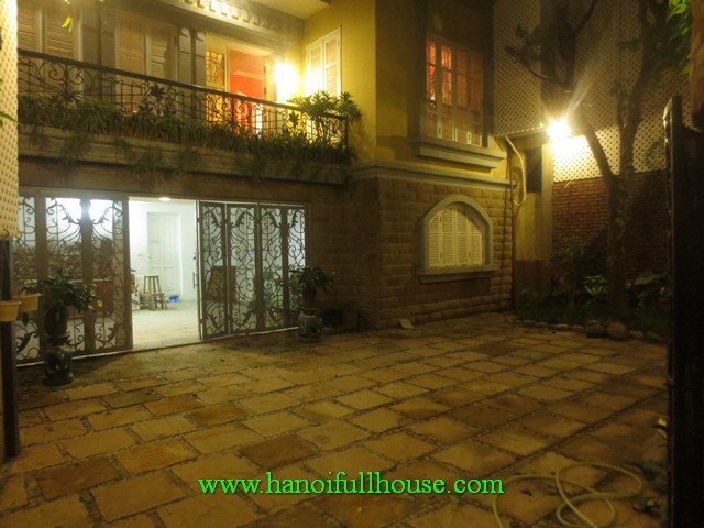 French villa for rent in Hanoi center. Fully furnished, 4 bedrooms, 4 bathrooms, car parking
