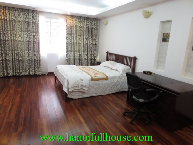 Beautiful serviced apartment nearby west lake for rent in Tay Ho dist, Hanoi