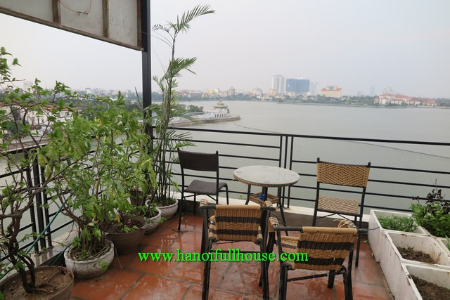 Apartment with Lakeview, beautiful terrace, one bedroom in Tay Ho for rent