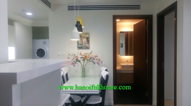 High-end 02-bedroom apartment in Indochina Plaza, Xuan Thuy str, Cau Giay dist for rent