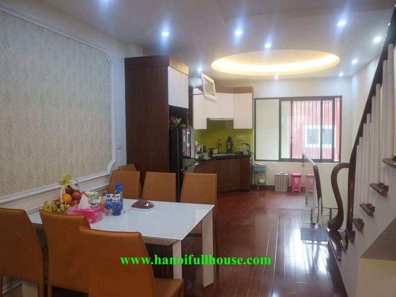 A furnished house with 04 bedrooms in Vong Thi, close to the Lake for rent
