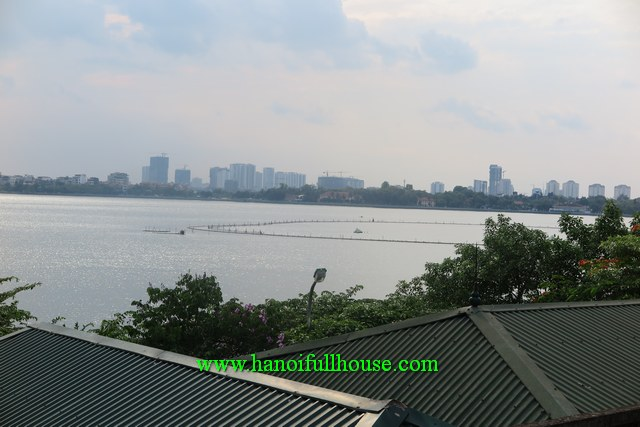 Yen Phu villeage - Furnished 4-bedroom house with lakeview on the terrace for lease