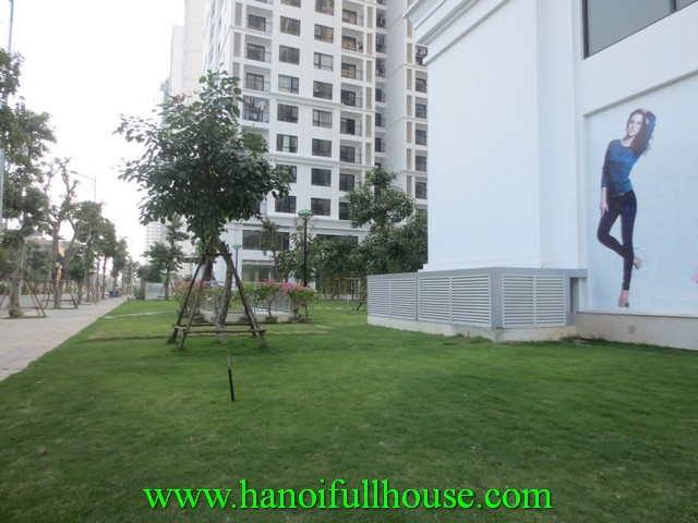 2 bedroom nice apartment in Times City Ha Noi for rent