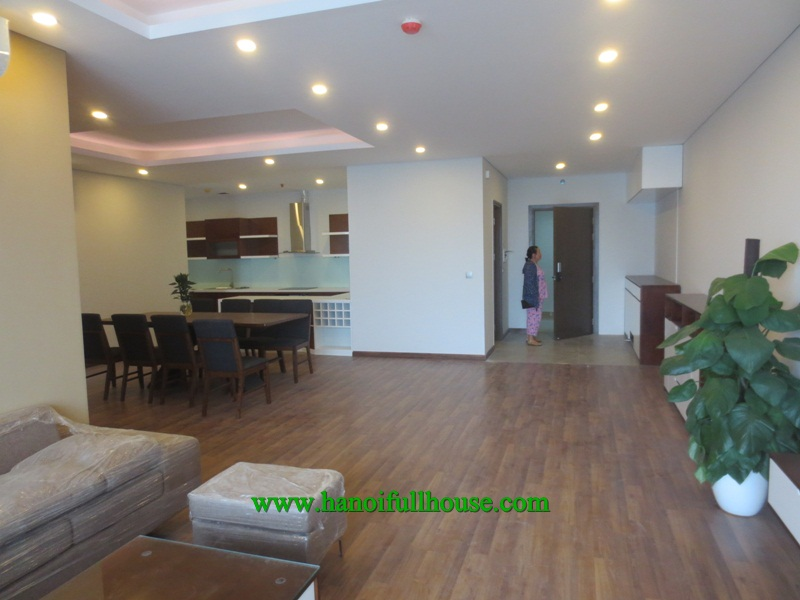 4 bedrooms, full furnished and equipped, brand new apartment and building