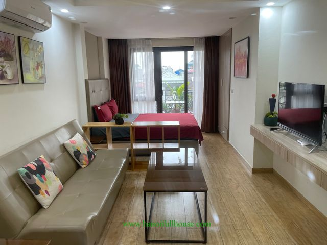 Cheap studio with big balcony, modern furniture in Tay Ho dist