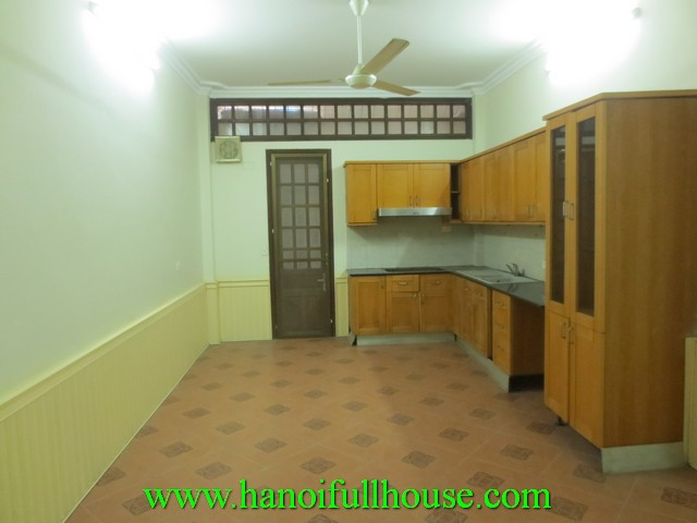 6 bedroom house for rent in Hai Ba Trung dist, Ha Noi