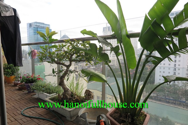 Fully furnished 3 bedroom apartment in Lancaster building, Ba Dinh dist for rent