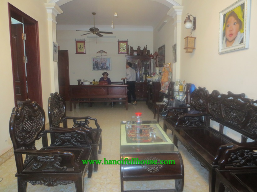 Cheap and nice house : 4 bedroom, balcony on Van Cao street 70m2 x4 floors