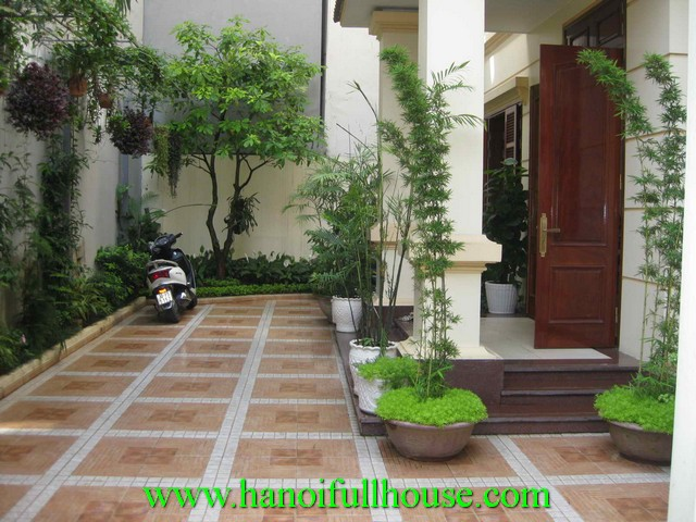 Beautiful house with garden for rent in Tayho dist, Hanoi