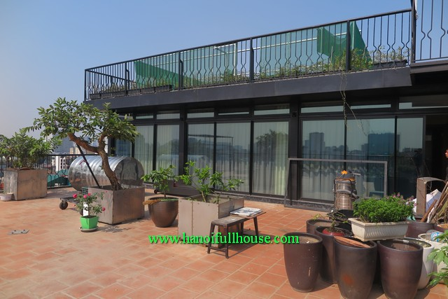 Rental an apartment attached an outdoor 200m2 terrace in central Hoan Kiem, Ha Noi