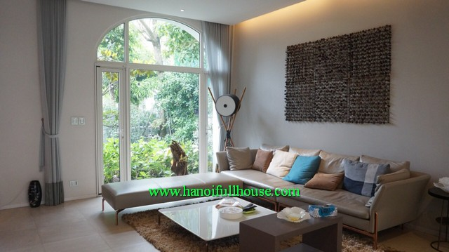 European villa in Hanoi Vinhomes Riverside for lease, 5 BRs, garden, furnished
