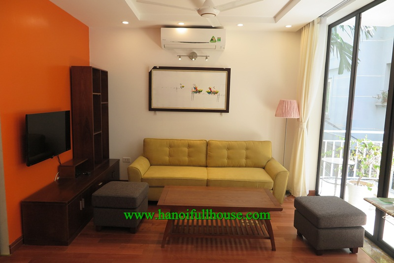 A serviced apartment in Tay Ho with 2 bedrooms, near West Lake for rent now