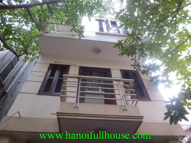 A beautiful house in lane for rent in Hoan Kiem dist. 4 bedrooms, 4 bathrooms, fully furnished