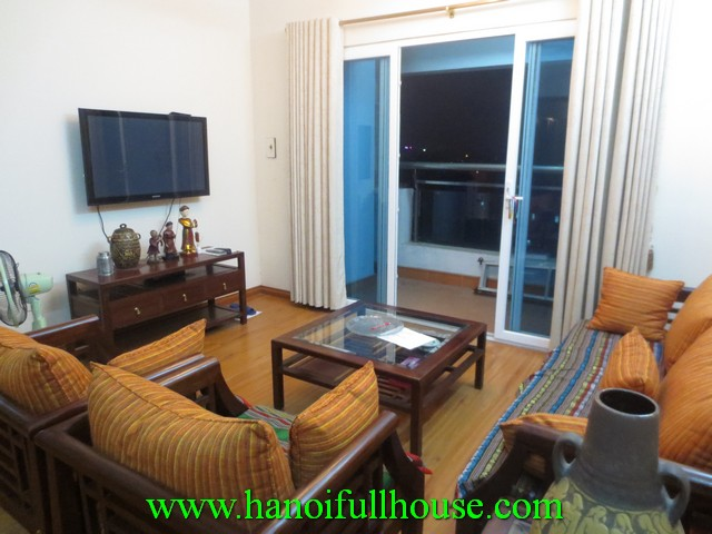 Beautiful balcony apartment with 2 bedrooms for rent in Dong Da district, Ha Noi