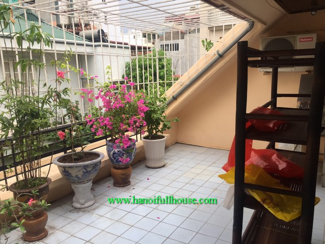 French house with 3 bedrooms, 4 bathrooms in Doi Can, Ba Dinh dist for lease