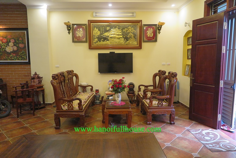 Nice house with neo-classical style with 4 bedrooms for rent in Long Bien