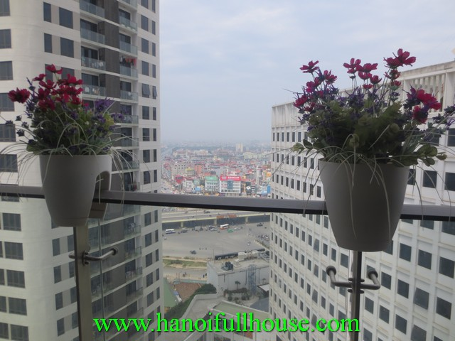 Fully furnished apartment for rent at Indochina Plaza Ha Noi
