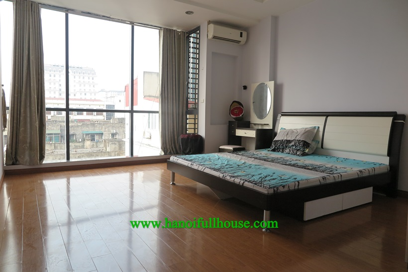 For rent 2 bedroom apartment full furnished in Ha Noi
