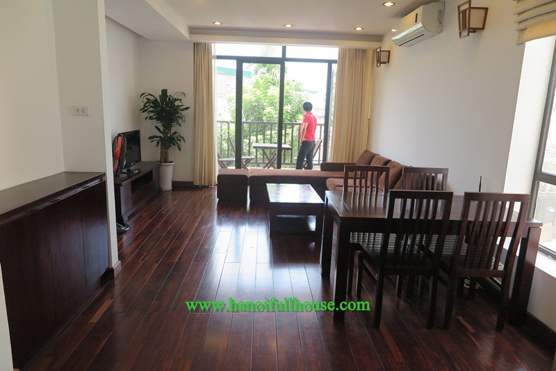 Good apartment with two bedrooms, a lot of light in Tay Ho for rent