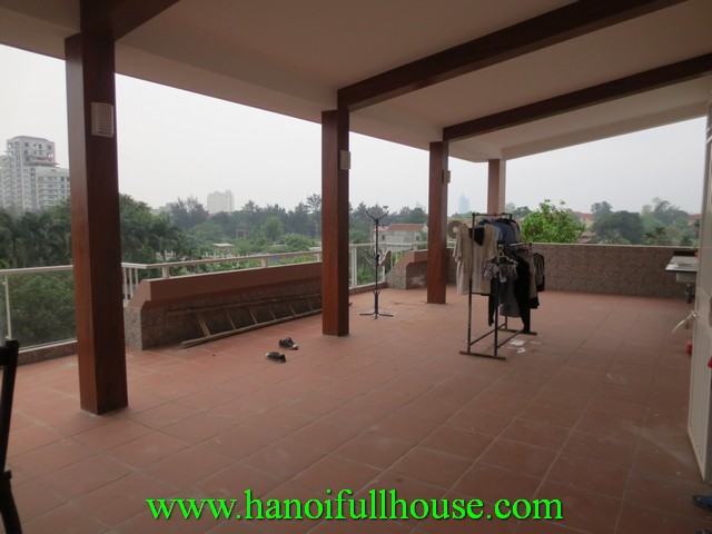 A big terrace house with beautiful view for rent in Tay Ho dist. 5 bedrooms, fully furnished
