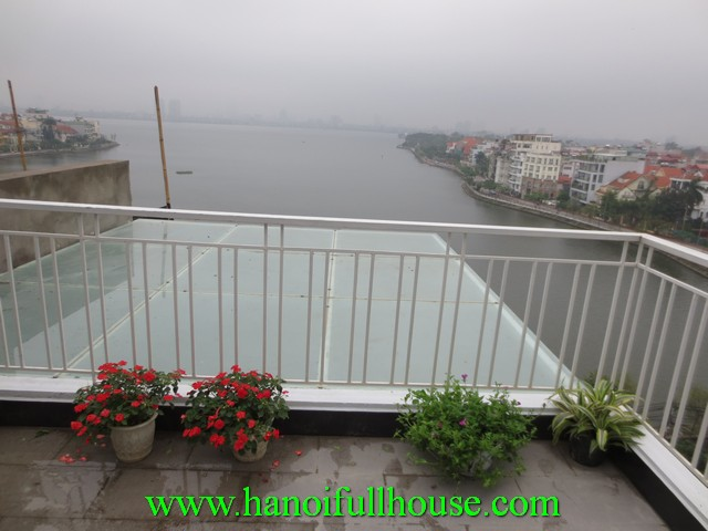 3 bedroom Tay Ho serviced apartment with west Lake view for rent