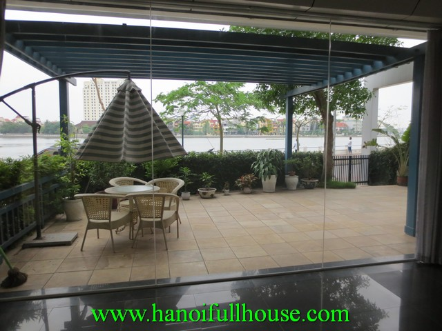 Tay Ho apartment with west lake view, 2 bedrooms, fully furnished for rent