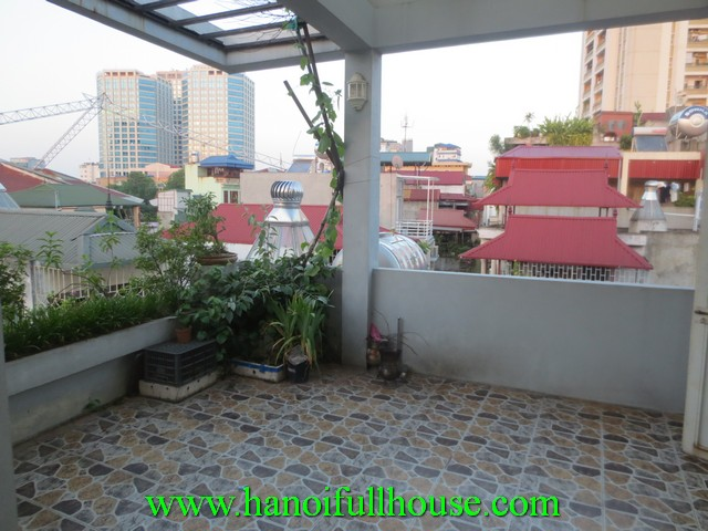 5 bedroom cheap house in Hai Ba Trung dist for rent