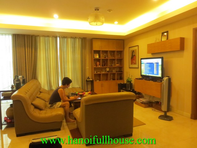 A luxurious apartment with 4 bedrooms for rent in Pacific Place, Ly Thuong Kiet street