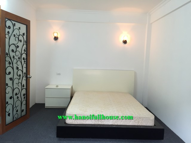4 BRs fully furnished house in Hanoi downtown, near Park, Lake and Shops