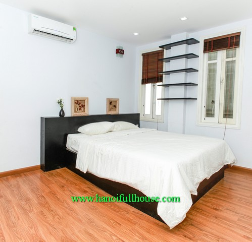 A modern serviced apartment 01 bedroom in Trung Kinh street for Korean, Japanese stay