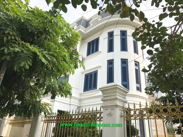 The most beautiful villa in Ha Dong district for foreigners to rent. 5 bedroom, fully furnished, car parking