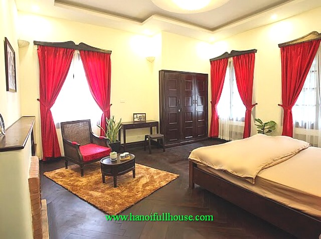 4-bedroom beautiful house with courtyard and garden in Ngoc Ha area, Ba Dinh district for lease
