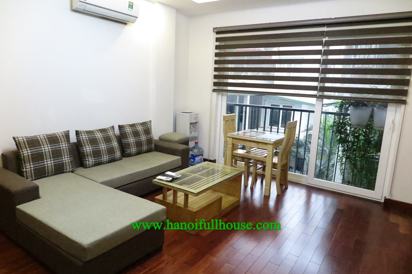 Fully service and furnished apartment with one bedroom in Ba Dinh center