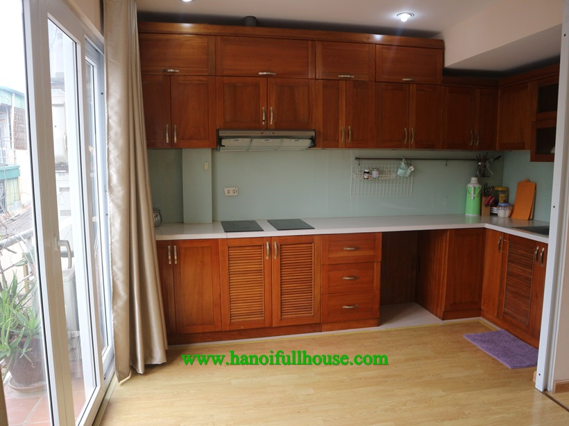 3 bedroom house with full furnished to rent in Ba Dinh center