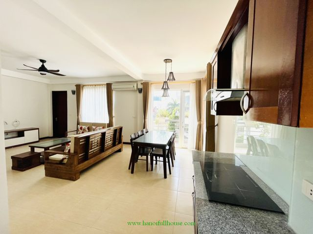 120 sqm ,2 bedroom serviced apartment for rent on Tay ho str